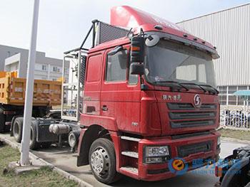 陕西重汽SX4256GR279TL牵引车改装发动机冷却系统案例